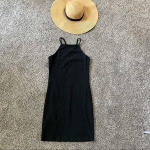 🎉HP🎉 Forever 21| Black Cross back Dress